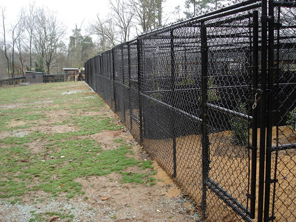 Dog fencing residential kennel installations seegars for Chain link fence planner